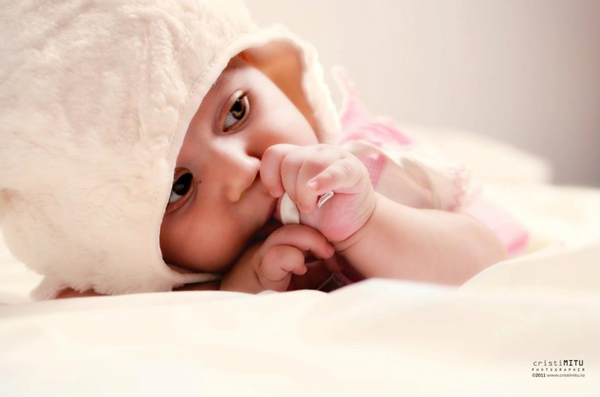 50 Beautiful Newborn Baby Photography