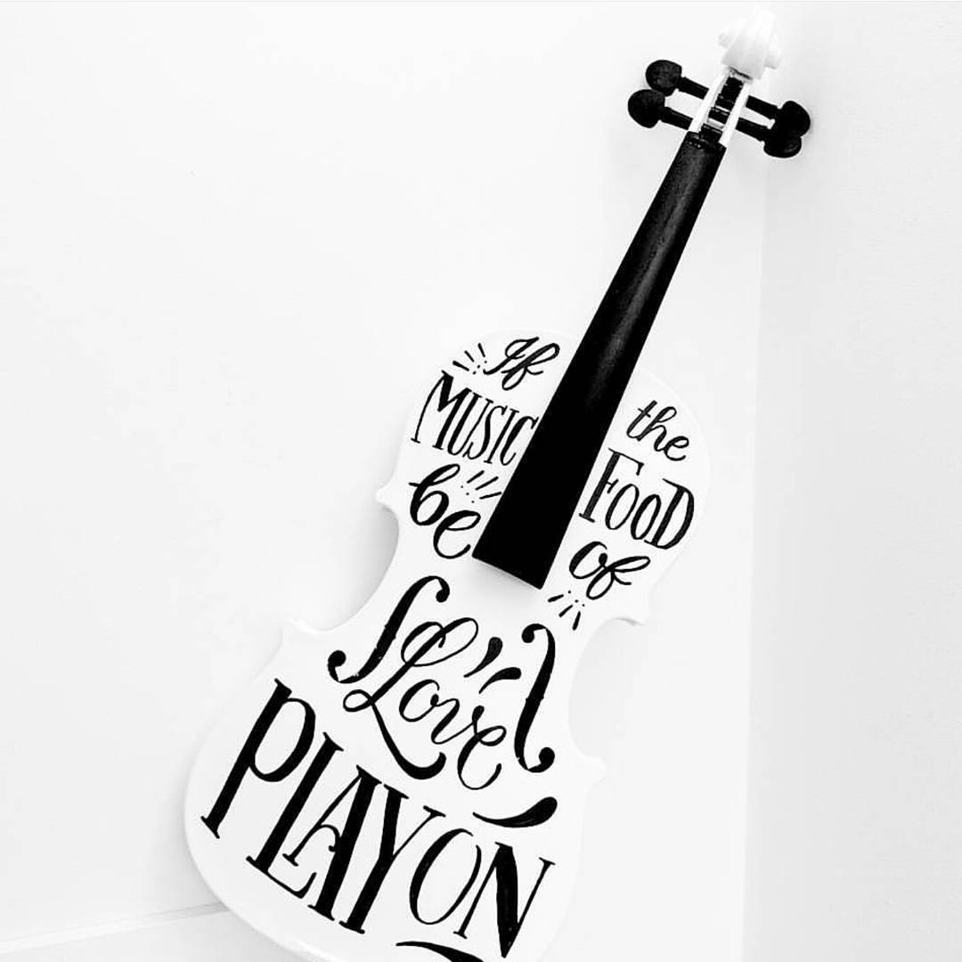 Beautiful lettering on violin by The Daily Type