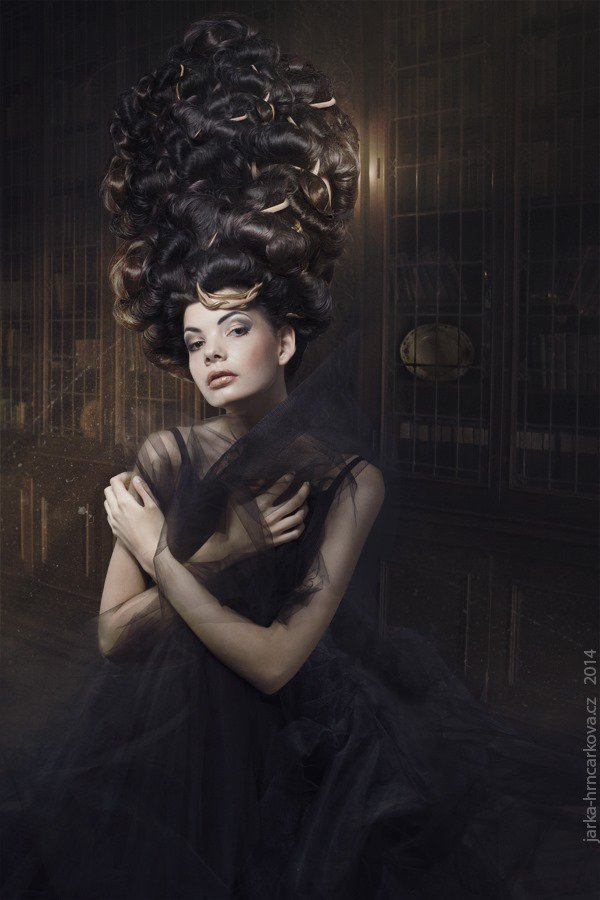 How to Create Dramatic Light in Your Fantasy Photo Manipulation