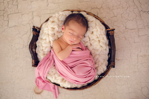 Cute Newborn Baby Photography - 9