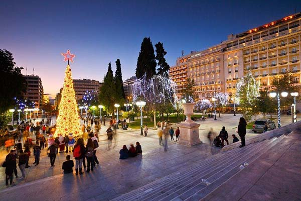 Christmas in World's Most Beautiful Cities - 19