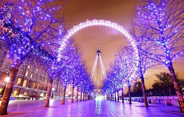 Christmas in World's Most Beautiful Cities - 7