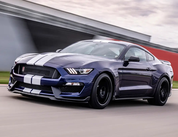 Ford Mustang Photo - 2
