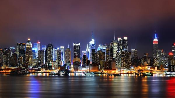 New York at night (America)