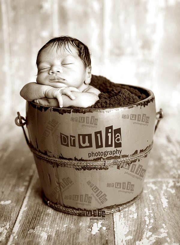 Newborn photographs - 33
