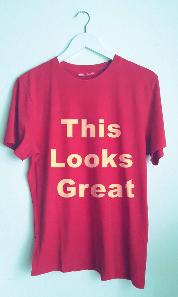 Free Retro T-shirt Mockup