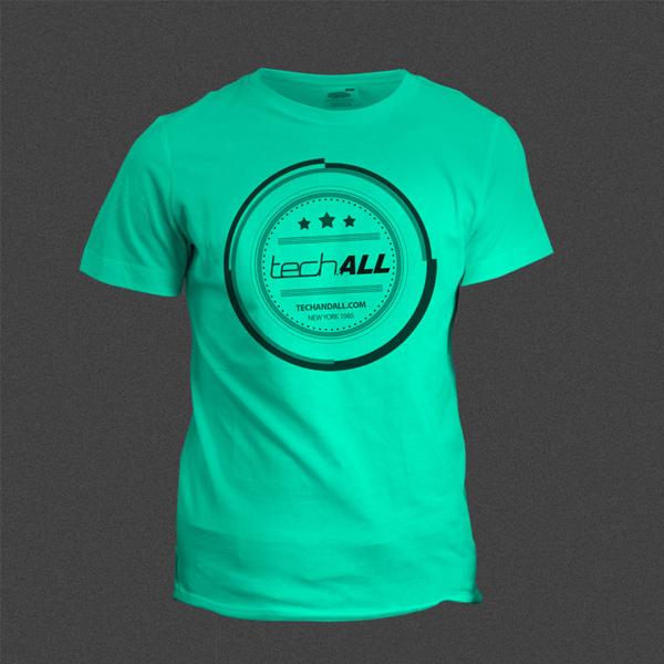 T-Shirt Mockup using SmartObject .PSD