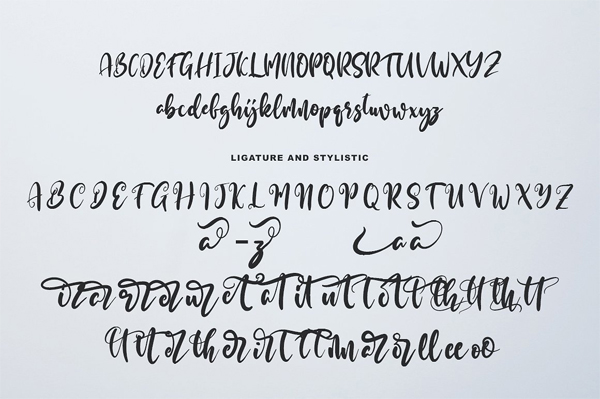 Gurati Script Font