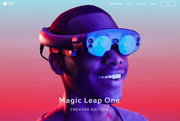 Web Design Trends 2019 - 32 New Examples - 16
