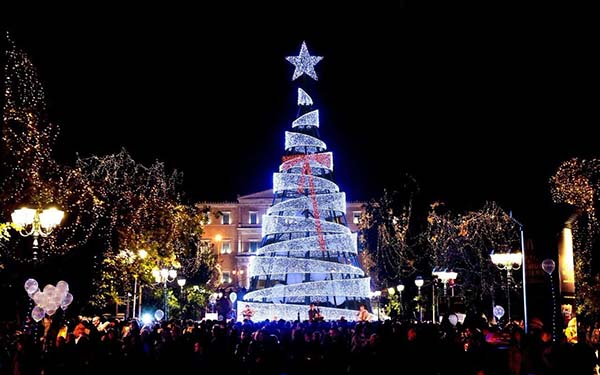 Christmas in World's Most Beautiful Cities - 20