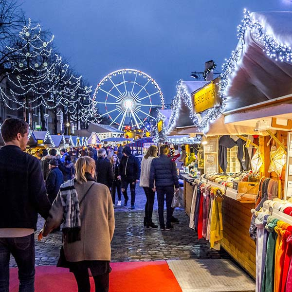 Christmas in World's Most Beautiful Cities - 30