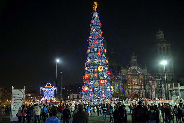 Christmas in World's Most Beautiful Cities - 42