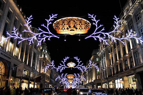 Christmas in World's Most Beautiful Cities - 8