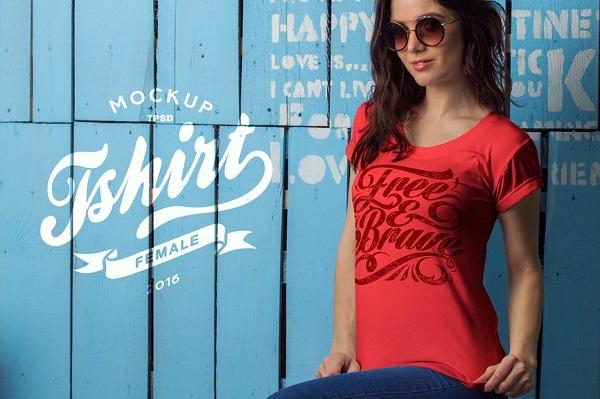 Female T-Shirt Mockup Font